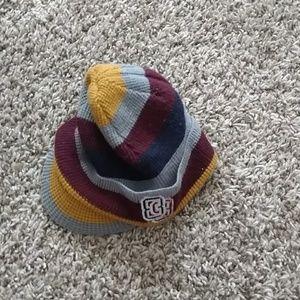 Billed winter hat